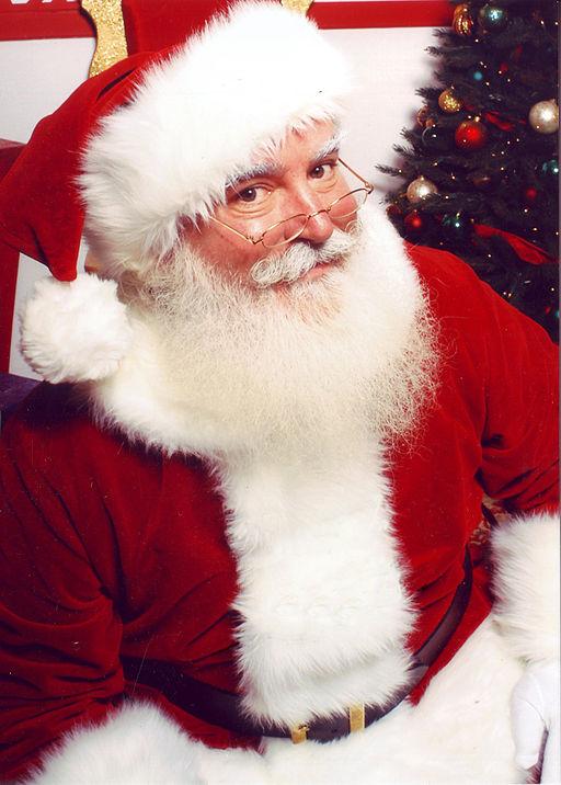 Santa Claus has a tough job (By Jonathan G Meath (Jonathan G Meath) [CC BY-SA 2.5 (http://creativecommons.org/licenses/by-sa/2.5)], via Wikimedia Commons)