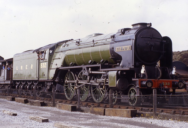 lner 532 blue peter at dinting in 1983