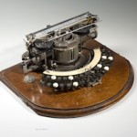 Hammond 2 braille typewriter, c. 1902. Wood, metal, plastic.